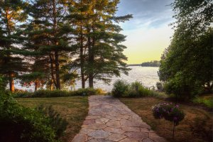 There is nothing like Adirondack lakefront living.